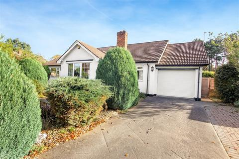 4 bedroom detached bungalow for sale - Carmel Road North, Darlington