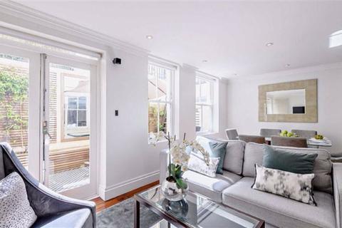 3 bedroom apartment to rent - Kensington Gardens Square, London, W2