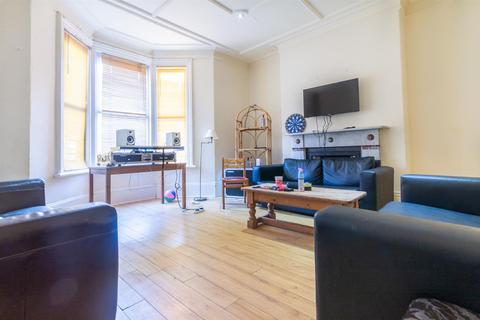 7 bedroom house to rent - Queens Road, Jesmond, Newcastle Upon Tyne