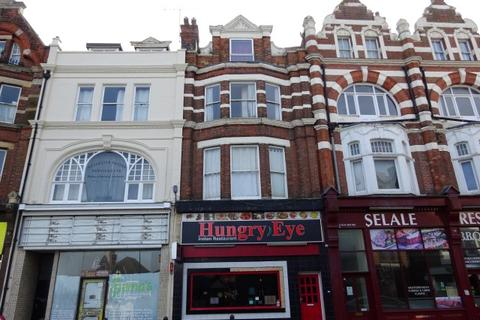 2 bedroom flat to rent - High Street, Chatham ME4