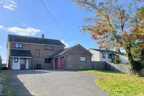 4 bedroom detached house for sale - Ringwood Road, Alderholt, SP6 3DF