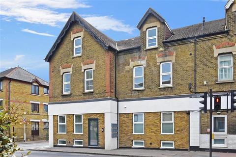 2 bedroom ground floor flat for sale - Dawson House, Carshalton Road, Sutton, Surrey