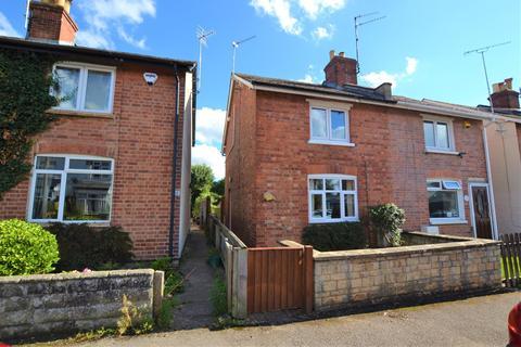 3 bedroom semi-detached house for sale - Pumphreys Road, Charlton Kings, Cheltenham, GL53 8DD