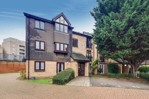 1 bedroom flat for sale - Southerngate Way, New Cross, SE14