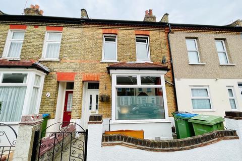 3 bedroom terraced house for sale - Kirkham Street, Plumstead, London, SE18