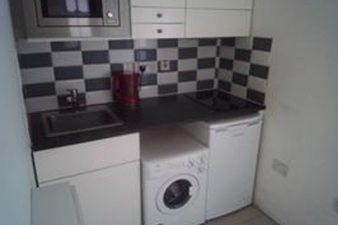 1 bedroom house to rent - London SW11