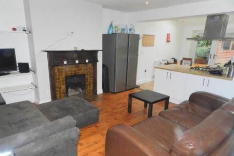 5 bedroom semi-detached house to rent - Buckingham Avenue, Leeds, West Yorkshire, LS6