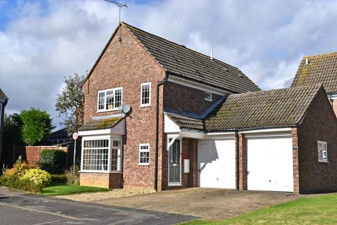 4 bedroom detached house for sale - Falcon View, Greens Norton