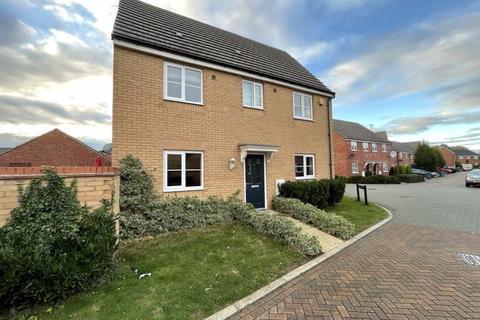3 bedroom detached house to rent - Flinders Drive, Peterborough