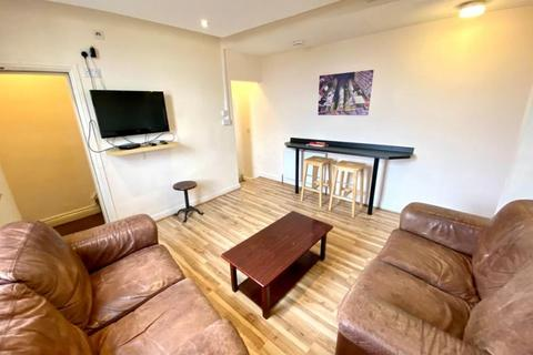3 bedroom flat to rent - Flat 1A 341-343 Sharrowvale Road