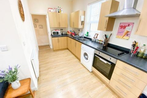 3 bedroom flat to rent - Flat 2, The Cottage