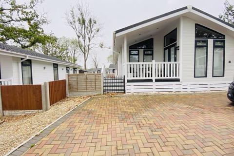 2 bedroom park home for sale - Little Woods Park, Mapleridge Lane, BS37