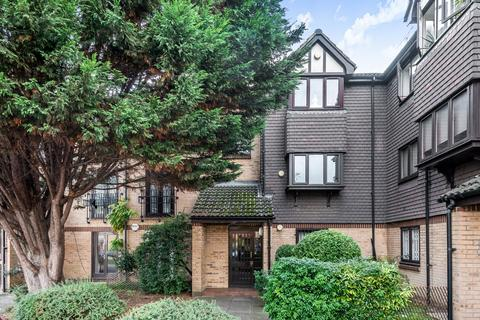 2 bedroom flat for sale - Southerngate Way London SE14