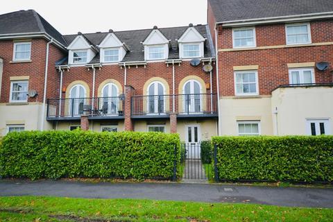 3 bedroom townhouse for sale - Somerville Walk, Chapelford Village, Warrington