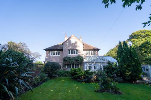 4 bedroom detached house for sale - Linden Gardens, Ashbrooke, Sunderland
