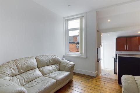 5 bedroom maisonette to rent - (£55pppw) King John Terrace, Heaton, NE6