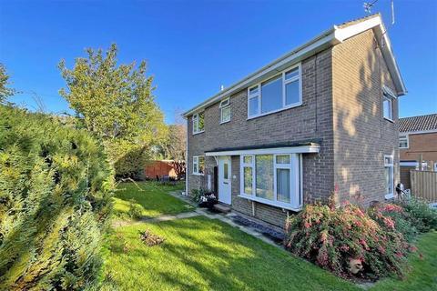 3 bedroom detached house for sale - Littondale Avenue, Knaresborough, North Yorkshire