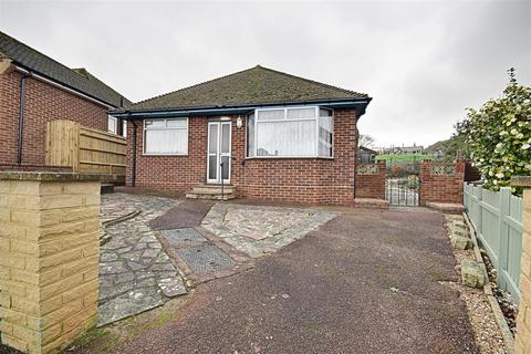 2 bedroom detached bungalow for sale - Royston Gardens, Bexhill-On-Sea
