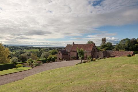 4 bedroom detached house for sale - Viney Hill, Lydney, Gloucestershire. GL15 4LT