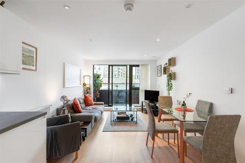 2 bedroom flat for sale - Knightley Walk, SW18