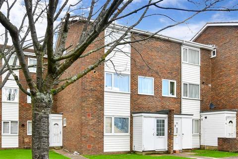 2 bedroom maisonette for sale - Abbotts Road, Sutton, Surrey