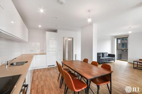 3 bedroom apartment to rent - Seven Sisters Road London N15