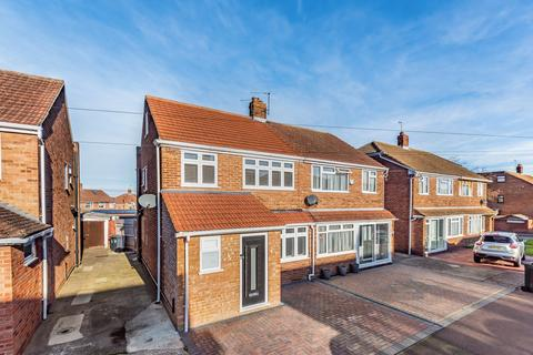 3 bedroom semi-detached house for sale - Teesdale Road Dartford DA2