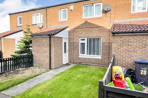 3 bedroom terraced house for sale - Moss Gardens, Middlesbrough TS89NE