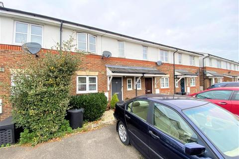 3 bedroom terraced house for sale - Tollgate Drive, Hayes, UB4 0NW