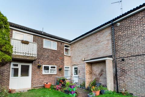 2 bedroom flat to rent - Bevis Walk, Bury St Edmunds, IP33