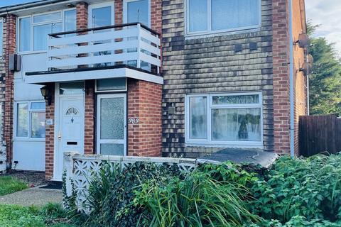 2 bedroom flat for sale - High St, Harlington, Hayes