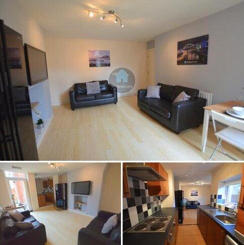 3 bedroom flat to rent - Bolingbroke Street, Newcastle upon Tyne NE6
