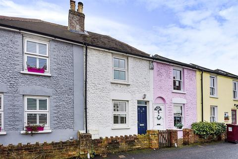 2 bedroom terraced house for sale - Victoria Road, Chichester, PO19