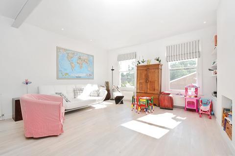 2 bedroom apartment to rent - Chivalry Road Battersea SW11