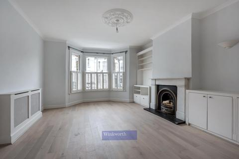 4 bedroom terraced house for sale - HARBUT ROAD, SW11