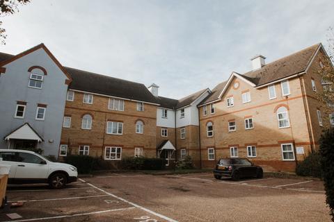 2 bedroom flat to rent - Saxon Court, Benfleet, Essex, SS7 4BY