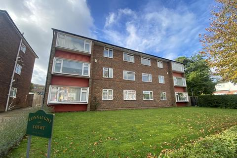 2 bedroom flat to rent - Connaught Court, Connaught Avenue , Chingford