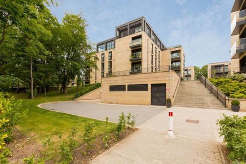 3 bedroom flat to rent - Woodcroft Road, Morningside, Edinburgh