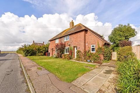 2 bedroom semi-detached house for sale - Barker Close, Chichester