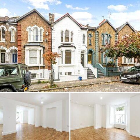 3 bedroom terraced house for sale - Brett Road, London, E8