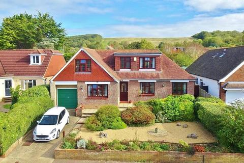 4 bedroom bungalow for sale - Lime Tree Avenue, Findon Valley, Worthing, West Sussex, BN14