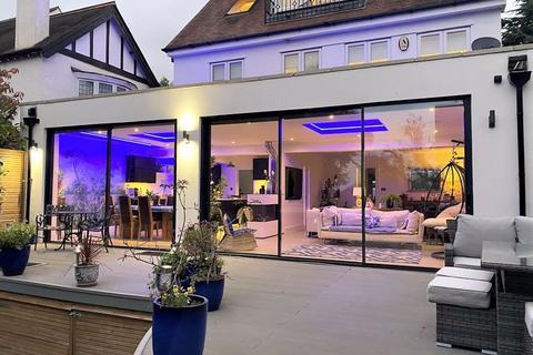 5 bedroom detached house for sale - Coombe Lane West, Coombe, Kingston upon Thames, KT2