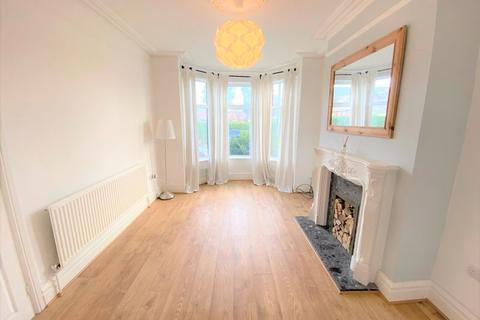 3 bedroom property to rent - Duffield Road, Salford