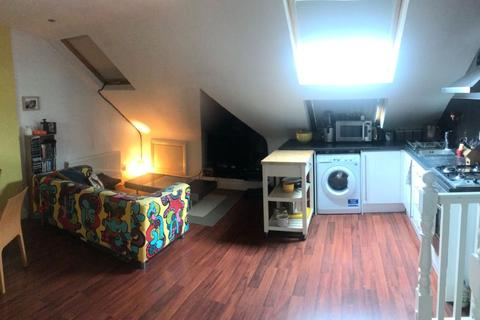 1 bedroom apartment to rent - Ribblesdale Road, London, SW16