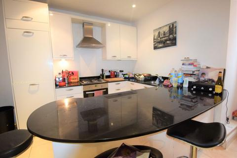 1 bedroom flat to rent - Elmbourne Road, London, SW17
