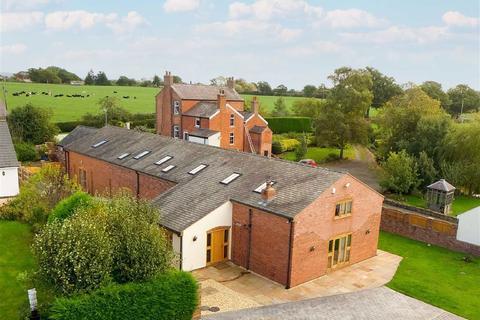 4 bedroom barn conversion for sale - Erbistock, Nr Wrexham, LL13