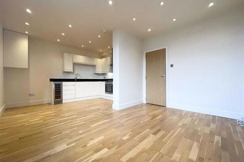 2 bedroom flat to rent - High Street, High Barnet, Hertfordshire