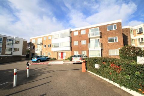 2 bedroom apartment to rent - Shorefield Road, Westcliff-On-Sea