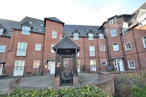 2 bedroom apartment to rent - Haslers Lane, Dunmow
