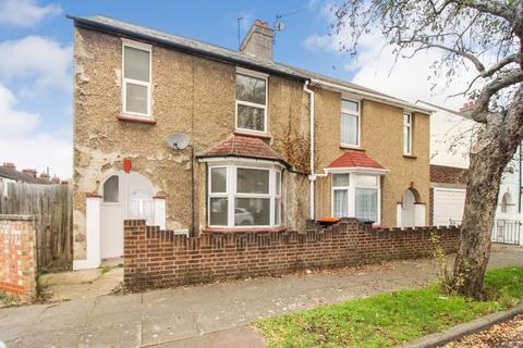 3 bedroom semi-detached house to rent - Southville Road, Bedford